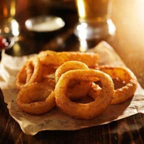 Giant Onion Rings is listed (or ranked) 15 on the list The Best Things To Eat At TGI Fridays