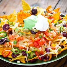 Loaded Chicken Nachos is listed (or ranked) 9 on the list The Best Things To Eat At TGI Fridays