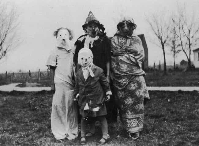 Children Wearing Burlap Sacks As Costumes, 1950