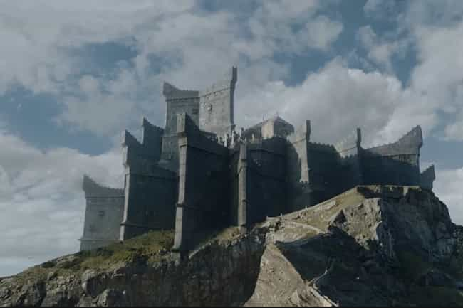 Dragonstone is listed (or ranked) 4 on the list Where Would You Want To Live In The Seven Kingdoms?