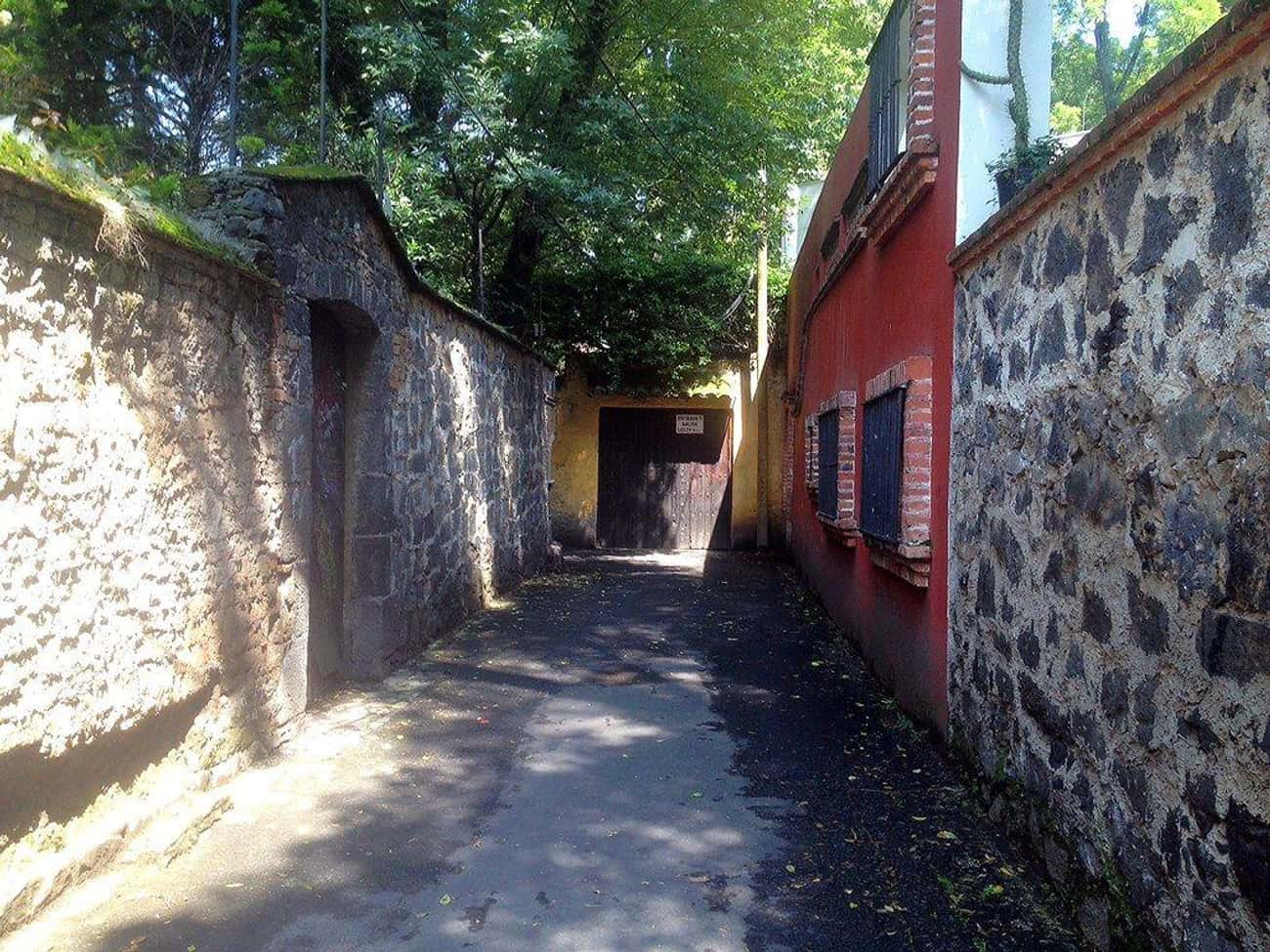 The Alley At El Callejón Del A is listed (or ranked) 3 on the list Here Are The Most Haunted Places You Can Visit In Mexico City
