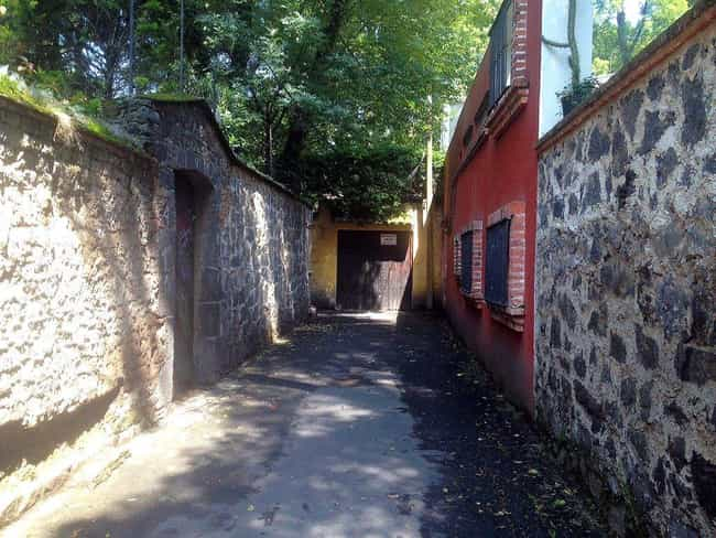 The Alley At El Callej&o... is listed (or ranked) 3 on the list Here Are The Most Haunted Places You Can Visit In Mexico City