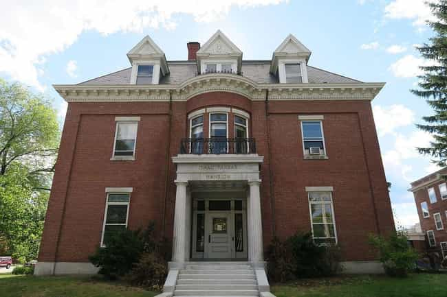 These Spooky Tales From Bangor, Maine, May Just Inspire Stephen King's Next  Novel