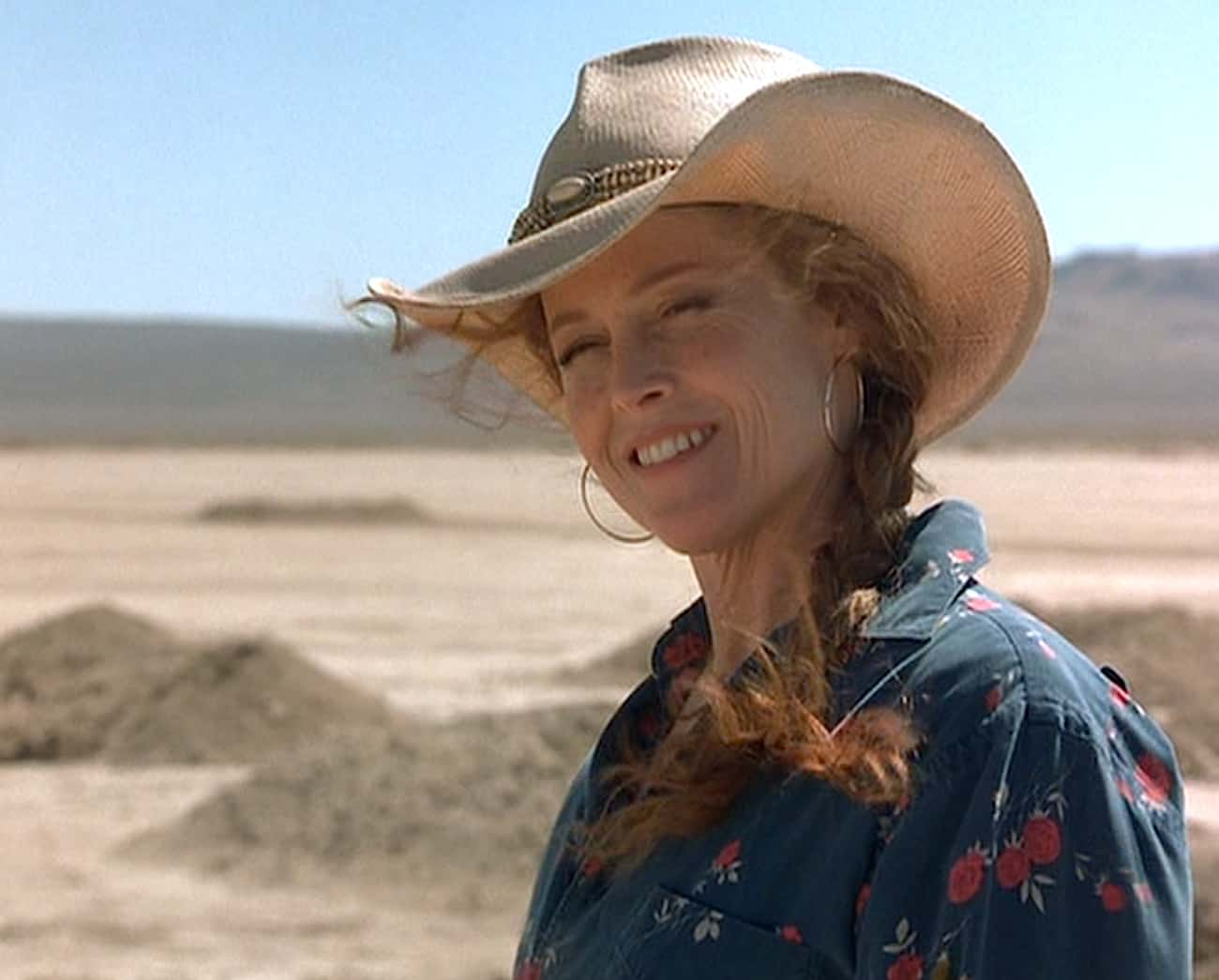 The Warden Is Seeking An Etern is listed (or ranked) 2 on the list The Desert Hellscape Of 'Holes' Really Represents Purgatory