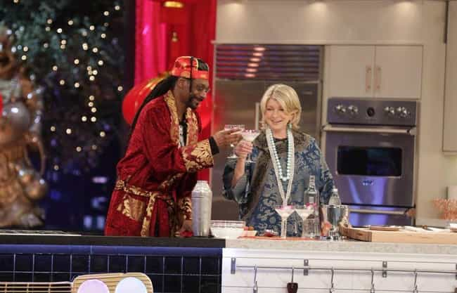 December 2010: Snoop Tries To ... is listed (or ranked) 3 on the list A Timeline Of Martha Stewart And Snoop Dogg's Friendship
