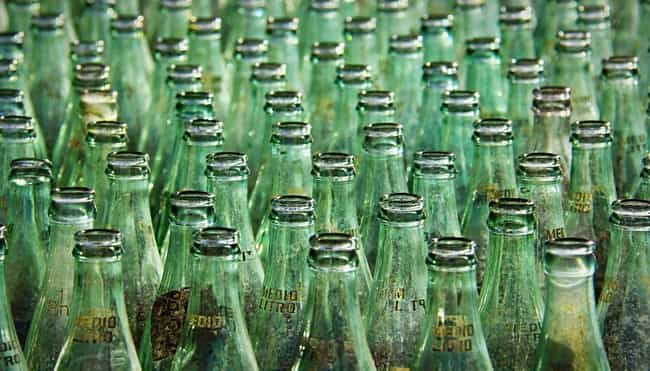 Wean Yourself Off Soda is listed (or ranked) 1 on the list The Best Ways To Quit Drinking Soda