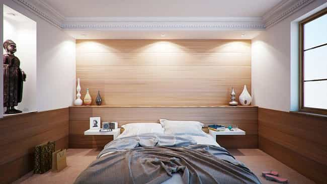 Keep Your Bedroom Moist is listed (or ranked) 4 on the list The Best Ways To Stop Snoring