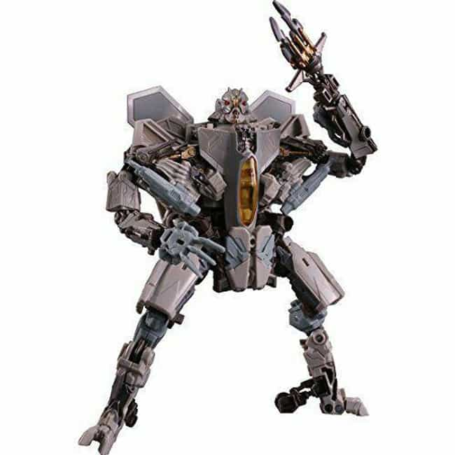 Studio Series Starscream is listed (or ranked) 2 on the list The Best Starscream Toys, Ranked