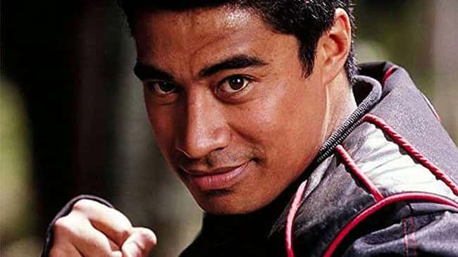 12. In the early hours of May 13, 2019, police discovered Pua Magasiva deceased. He played Shane Clarke, the Red Wind Ranger, in 2003's Power Rangers Ninja Storm. Magasiva's cause of death is unknown.
