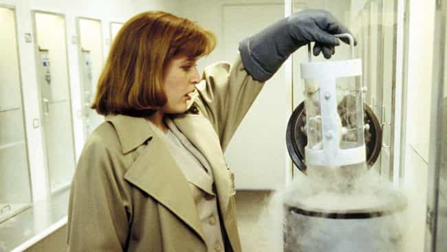 The Erlenmeyer Flask (Season 1... is listed (or ranked) 4 on the list The Most Important Episodes Of 'The X-Files'