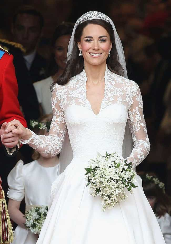 The Halo Tiara is listed (or ranked) 3 on the list The Most Beautiful Tiaras Belonging To The British Royal Family