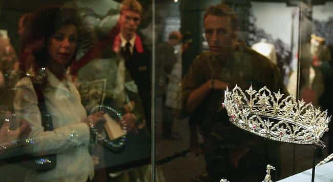 The Oriental Circlet is listed (or ranked) 2 on the list The Most Beautiful Tiaras Belonging To The British Royal Family