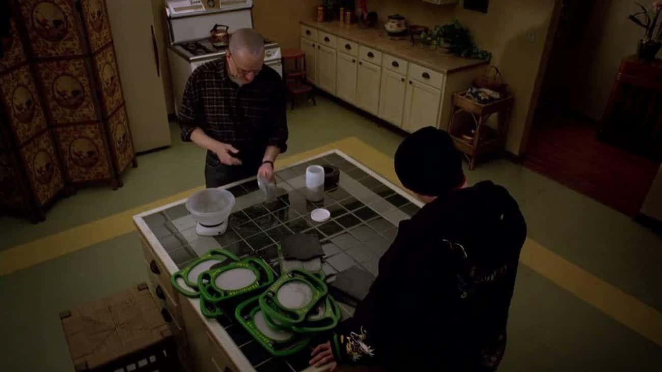 Using An Etch-A-Sketch To Make is listed (or ranked) 3 on the list All Of The Science Hacks From 'Breaking Bad'