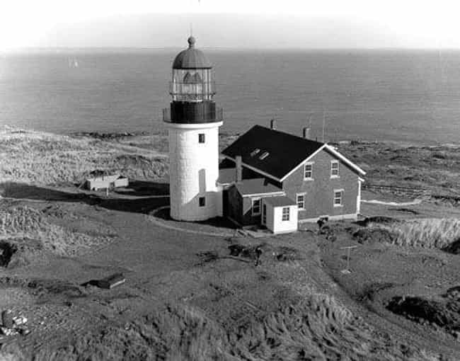 12 Creepy Stories About Haunted Lighthouses
