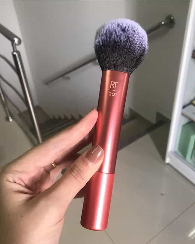 Powder Brush is listed (or ranked) 4 on the list The Makeup Brushes We Like The Most This Year, And How To Use Them