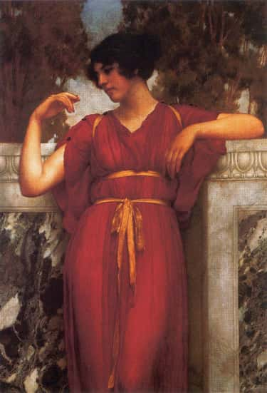 Ancient Greek Women Wore Undergarments That Emphasized Their Chests And Minimized Waists