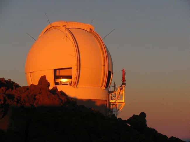 NASA Supports Observatories Th... is listed (or ranked) 4 on the list What Do World Governments Have Planned In The Case Of A Massive Asteroid Hitting The Earth?
