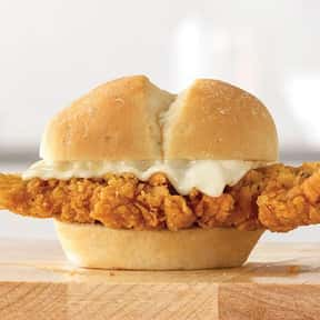 Chicken 'N Cheese Slider is listed (or ranked) 18 on the list The Best Things To Eat At Arby's, Ranked