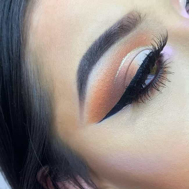 Burnt Sienna is listed (or ranked) 4 on the list The 10 Best Eyeshadow Colors for Hazel Eyes