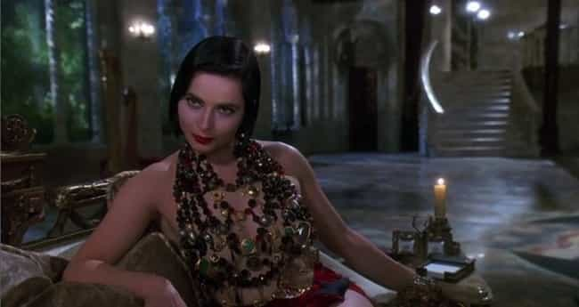 The Costumes Are A Bizarre Arr... is listed (or ranked) 4 on the list 'Death Becomes Her' Is Way Weirder Than You Remember