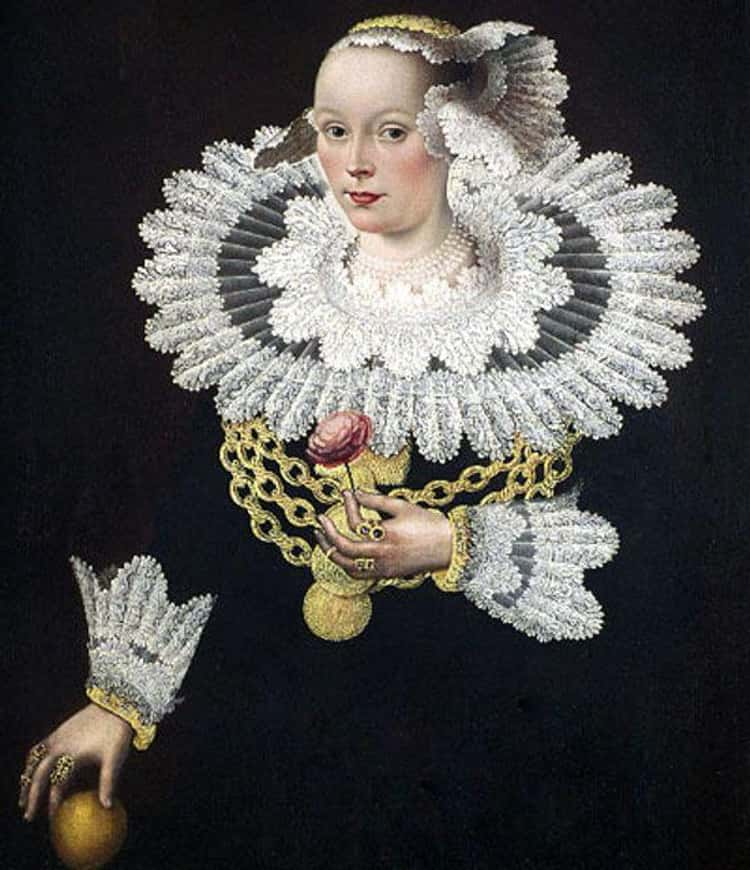 Ruffs Were Impractical, But Popular With Nobility Because As The Collars Grew Taller And Stiffer, They Held One's Head High