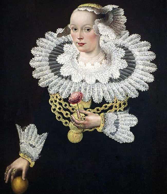 Ruffs Were Impractical, ... is listed (or ranked) 1 on the list Why Were Big Collars Such A Fashion Statement In The Elizabethan Era?