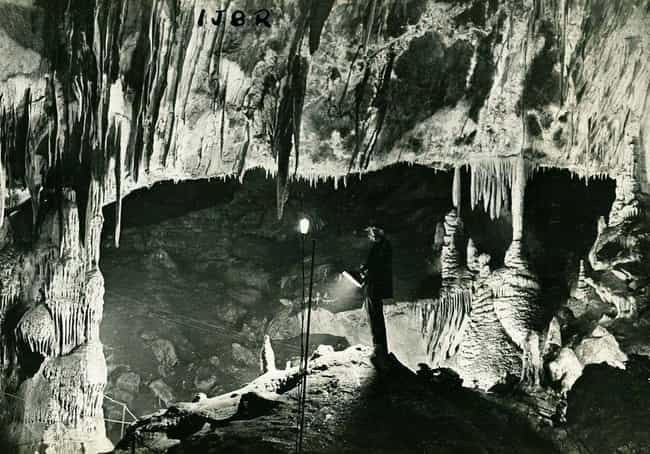 A Proscenium In The Jenolan Ca... is listed (or ranked) 4 on the list 17 Historical Photos Of Caves People With Cleithrophobia Should Avoid