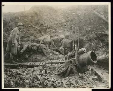 Soldiers Used Either Buckets Or Deeper Holes Within The Trenches As Latrines