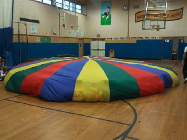 Parachute Day is listed (or ranked) 1 on the list 25 Pictures From The '90s That Will Take You Straight Back To Grade School
