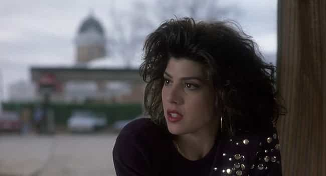 Launer Based Mona Lisa Vito's ... is listed (or ranked) 4 on the list Behind-The-Scenes Stories From 'My Cousin Vinny'