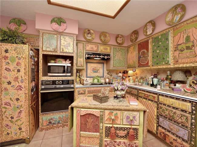 Truly Deranged is listed (or ranked) 5 on the list 29 Disastrous Interior Design Decisions
