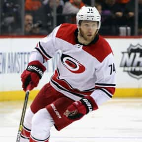 Jaccob Slavin is listed (or ranked) 22 on the list Who Will Win The 2020 Hart Memorial Trophy?