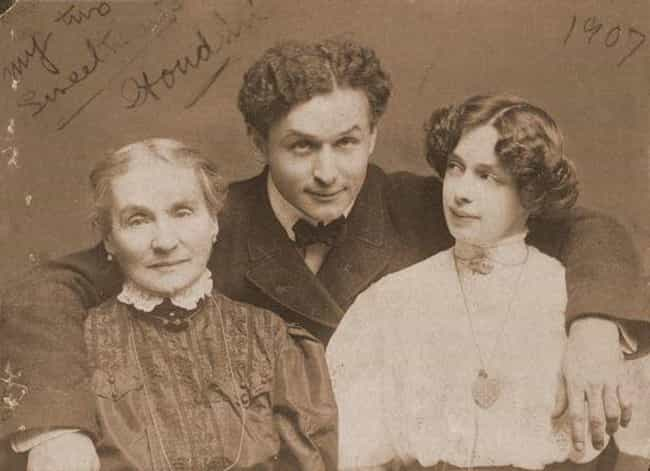 Houdini's Fascination Wi... is listed (or ranked) 1 on the list A History Of Harry Houdini's Lifelong Battle To Debunk Mediums
