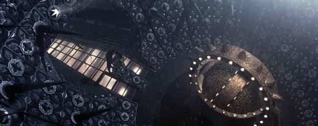 The Sets And Special Eff... is listed (or ranked) 4 on the list 'Event Horizon' Is A Terrifying Horror Movie From The '90s That Deserves Another Chance