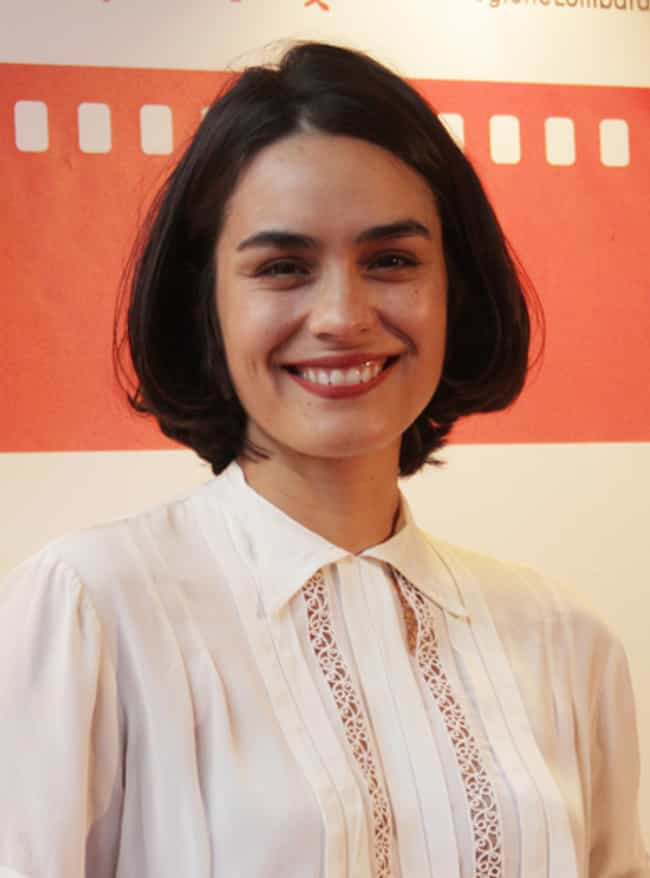 She Took Two Years Off T... is listed (or ranked) 4 on the list What Happened To Shannyn Sossamon, The Ultimate '00s It Girl?