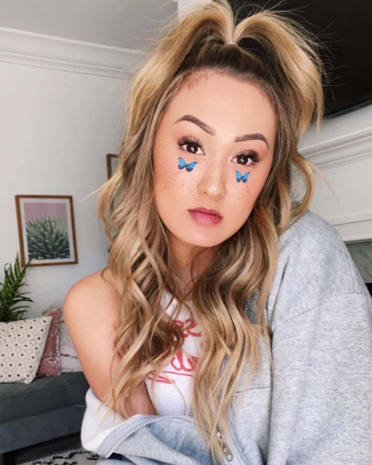 Read More About LaurDIY: is listed (or ranked) 3 on the list The Two Men Who Stole LaurDIY's Heart