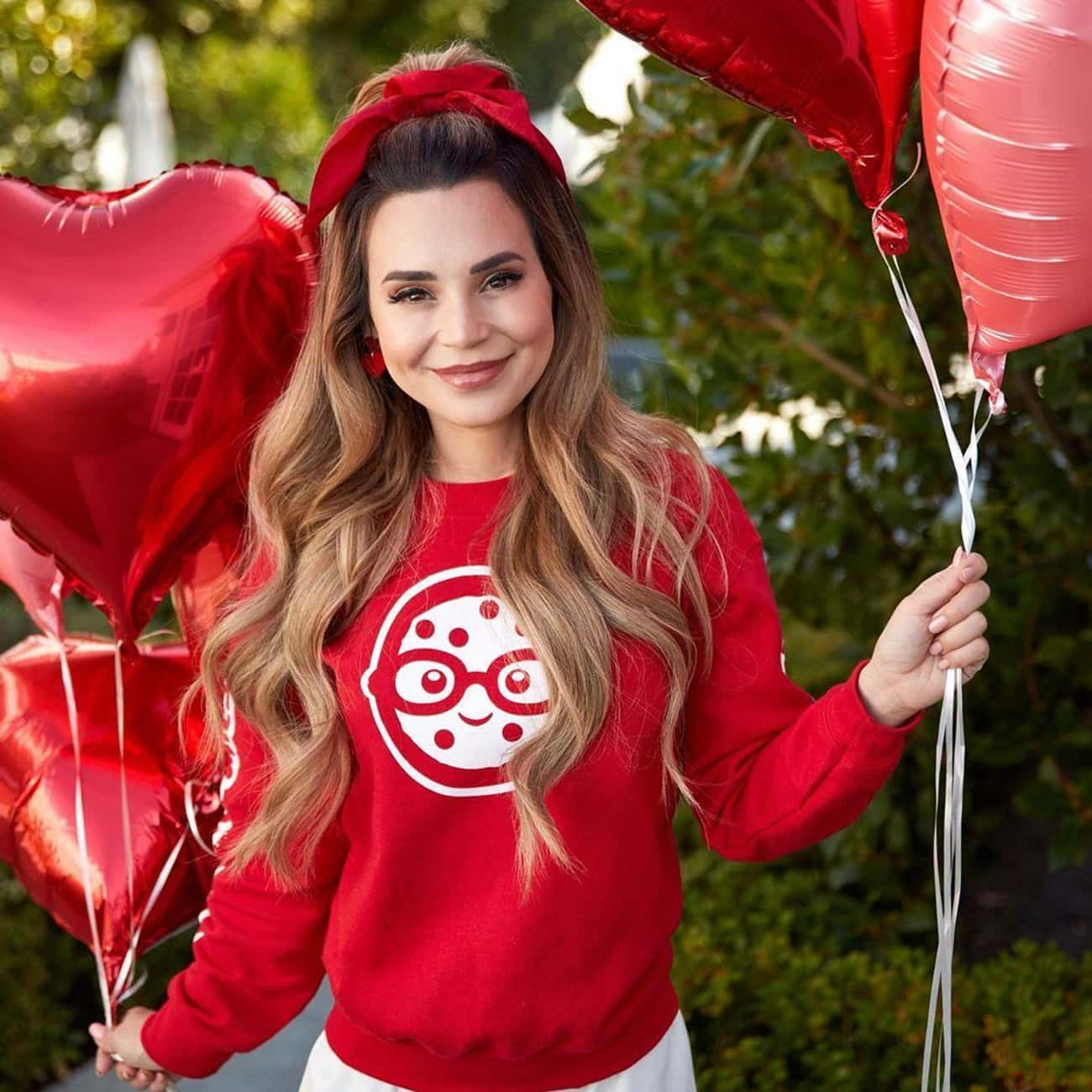 Read More About Rosanna Pansin is listed (or ranked) 3 on the list The Two Men Who Stole Rosanna Pansino's Heart