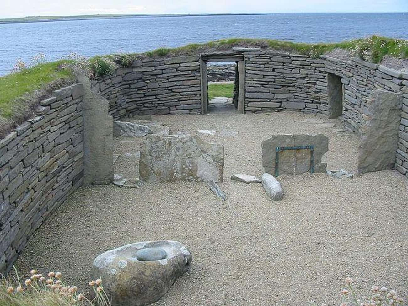Knap Of Howar, Scotland (c. 35 is listed (or ranked) 2 on the list The Oldest Houses In The World That Are Somehow Still Standing