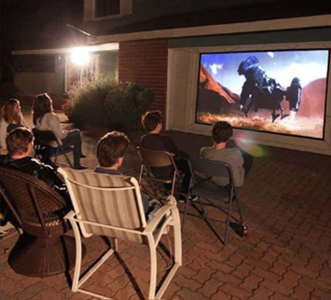 Projection Screen is listed (or ranked) 2 on the list 20 Must-Haves For Throwing A Spectacular Backyard Movie Night