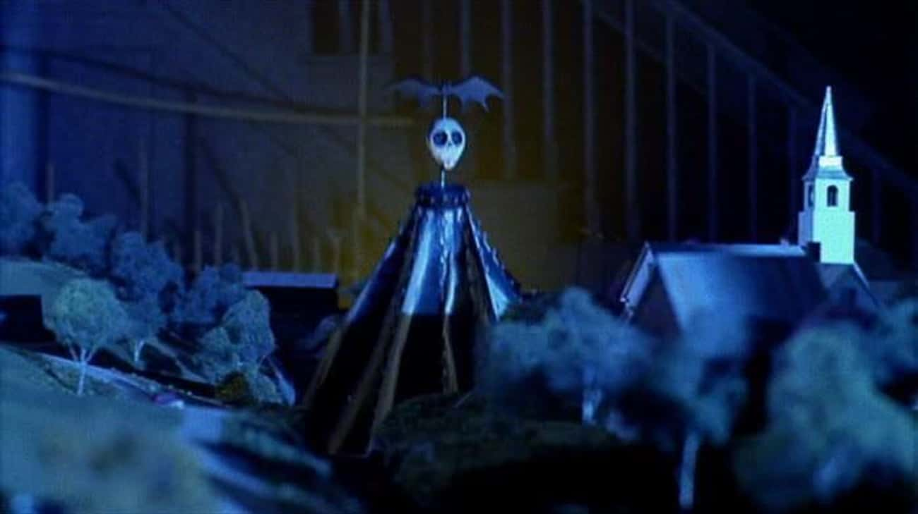 Pre-'Nightmare' Jack is listed (or ranked) 2 on the list Small Details From 'Beetlejuice' That Prove He's The Ghost With The Most