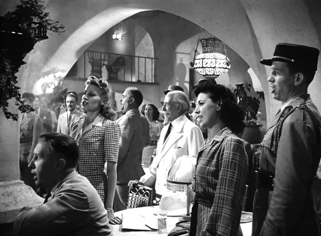 """Many Of The Extras Singing """"La Marseillaise"""" In 'Casablanca' Were Real European Refugees"""