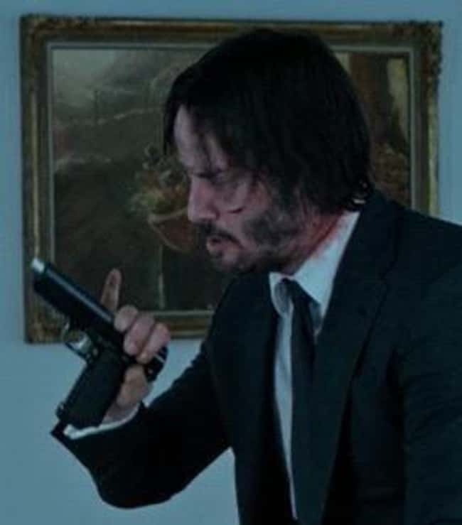 15. In the film John Wick (2014), when John inserts a new magazine into a Kimber 1911, he double-checks that it hasn't jammed. Kimbers are notorious for jamming on a magazine's first bullet. With the Glock, he doesn't do this.