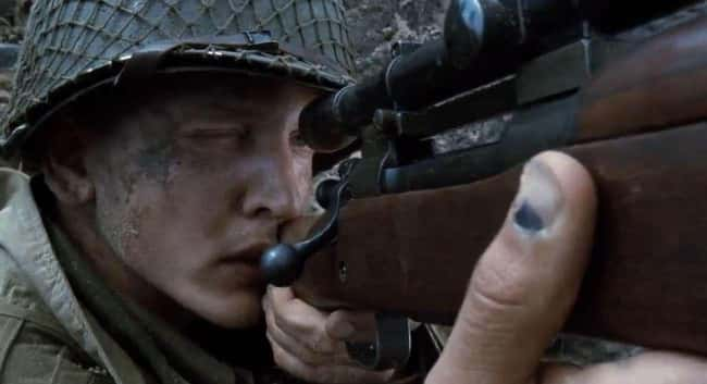 5. Jackson has a bruise on his thumb in Saving Private Ryan (1998), a common injury during WWII when soldiers' thumbs got caught in the M1 Garand's loading mechanism.