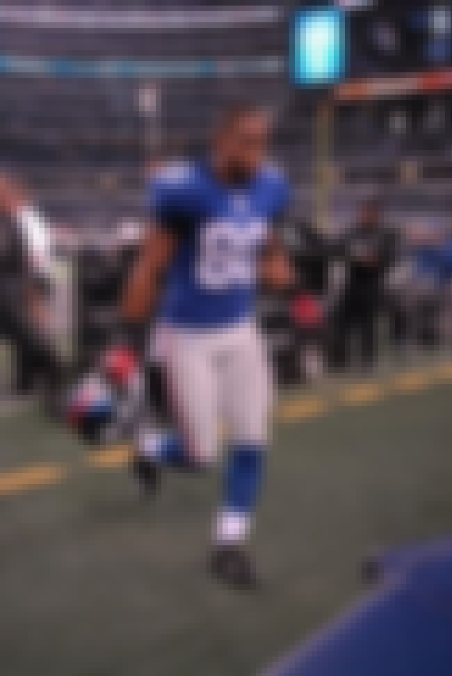 Víctor Cruz is listed (or ranked) 2 on the list The Best Hispanic Football Players