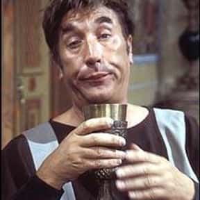 Frankie Howerd is listed (or ranked) 22 on the list Famous Homosexuals from United Kingdom