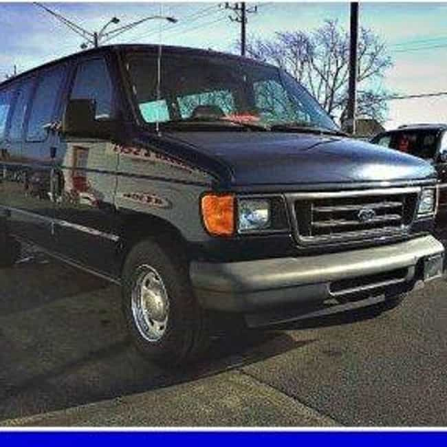 2004 Ford E150 Wagon is listed (or ranked) 3 on the list List of 2004 Fords