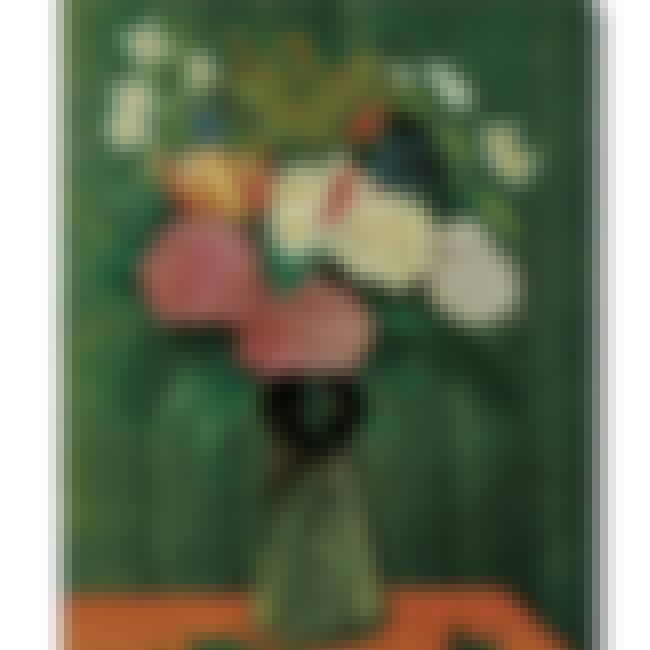 Dahlia and Daisies in a Vase is listed (or ranked) 3 on the list Famous Henri Rousseau Paintings
