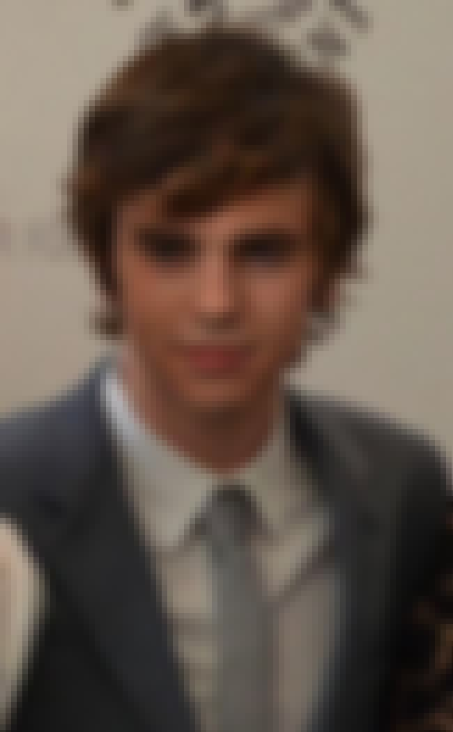 Freddie Highmore is listed (or ranked) 1 on the list Abigail Breslin Loves and Hookups