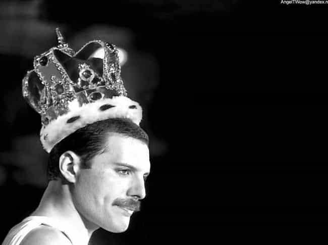 Freddie Mercury is listed (or ranked) 3 on the list Famous Male Pianists