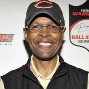 Gale Sayers is listed (or ranked) 13 on the list The Best Football Players Ever
